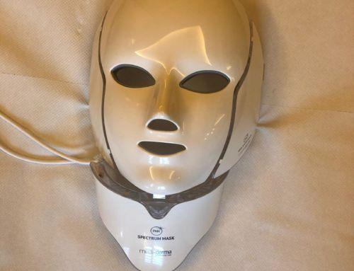 Masca cu terapie LED